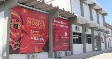 Rádio Educadora estreia novos estúdios, transmissor e programas