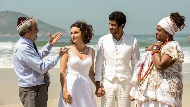 """O amor entre uma judia e um umbandista na comédia """"Amarração do Amor"""" que chega aos cinemas"""